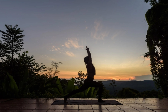 2-2-yoga-at-dawn-1030x688